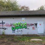 Jesus Graffiti auf Baracke, Foto Johannes Heun