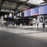 Zürich Hauptbahnhof Halle menschenleer während dem ersten Shutdown